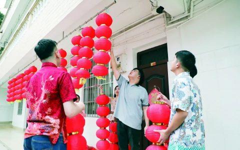 广西华侨学校6名印尼籍留学生就地过年